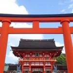 京都伏見稲荷の紅葉の混雑具合は?見どころと周辺情報満載